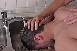 Jirka Mendez, Rosta Benecky in Washing Cum Out Of His Hair by