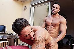 Flex, Robin Sanchez in Muscle Show: Flex & Robin Sanchez by