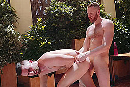 Sunny Colucci, Tim Kruger in Sunny Colucci & Tim Kruger Outdoors by